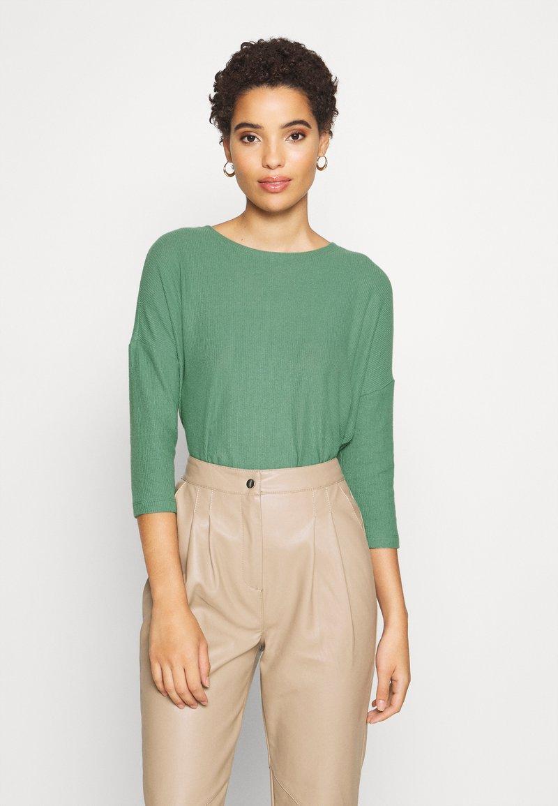TOM TAILOR DENIM - BATWING TEE - Long sleeved top - vintage green