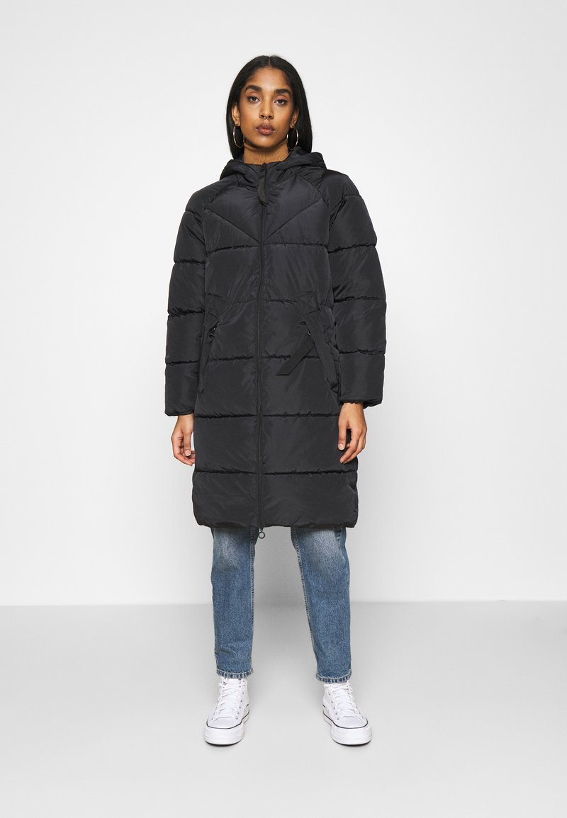 ONLY - ONLMONICA PLAIN LONG PUFFER COAT - Vinterkåpe / -frakk - black