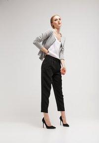 Vila - VINAJA NEW SHORT JACKET - Summer jacket - light grey melange - 1