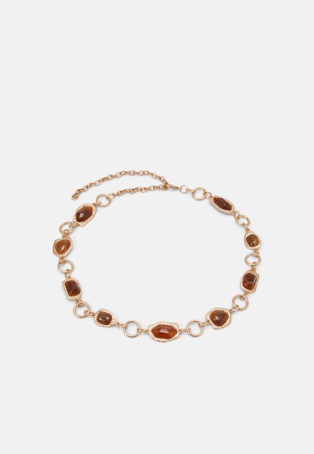 PCRAVA WAIST BELT - Waist belt - gold-coloured/amber