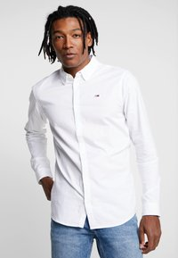 Tommy Jeans - OXFORD SHIRT - Košile - white - 0