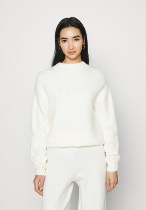 NA-KD X ZALANDO EXCLUSIVE - FLUFFY SWEATER - Strickpullover - white