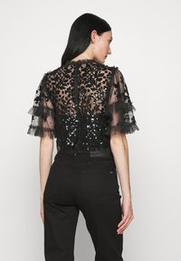 Needle & Thread - AURELIA EXCLUSIVE - Print T-shirt - black - 2