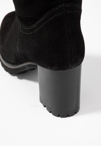 Weekend by Pedro Miralles - Botas mosqueteras - nero - 2