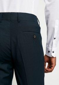 Esprit Collection - SUIT - Kostym - dark green - 10
