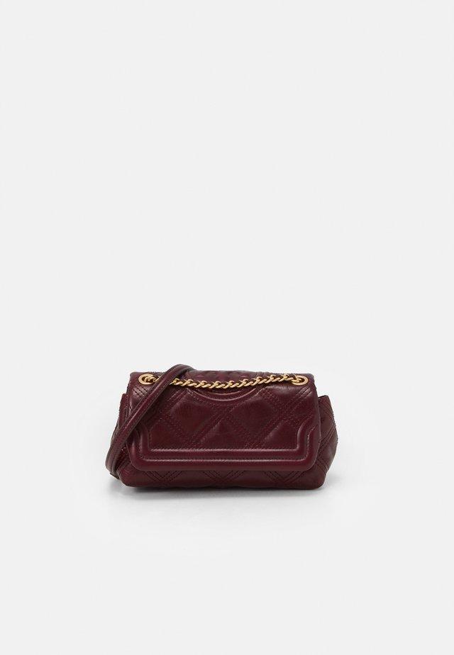 FLEMING SOFT GLAZED MINI BAG - Across body bag - royal burgundy