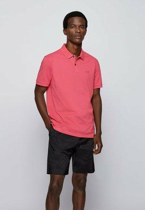 KURZARM - Polo shirt - pink