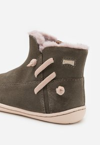 Camper - PEU CAMI KIDS - Snowboots  - dark green - 5