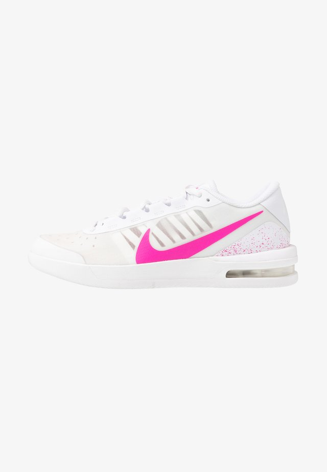 COURT AIR MAX VAPOR WING - Tennisschoenen voor alle ondergronden - white/laser fuchsia