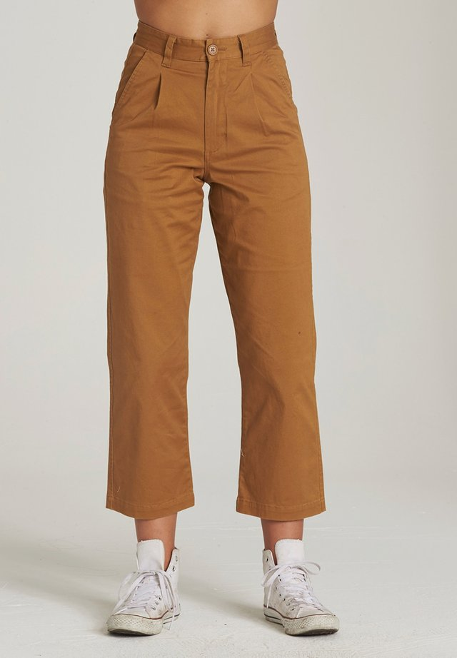 Trousers - bronco brown