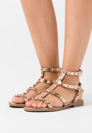 DOME STUD GLADIATOR - Sandals - rose gold