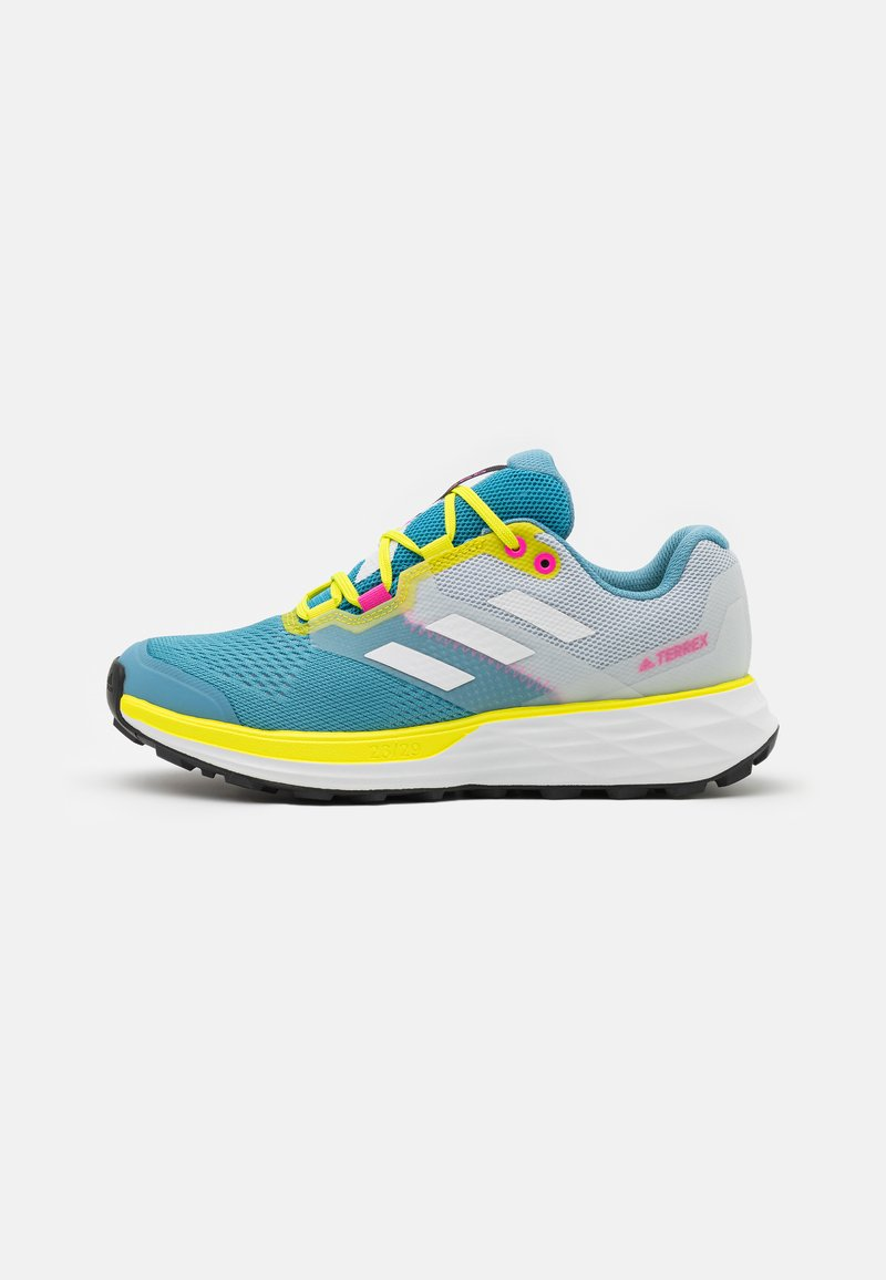 adidas Performance - TERREX TWO FLOW - Stabile løpesko - hazy blue/crystal white/acid yellow