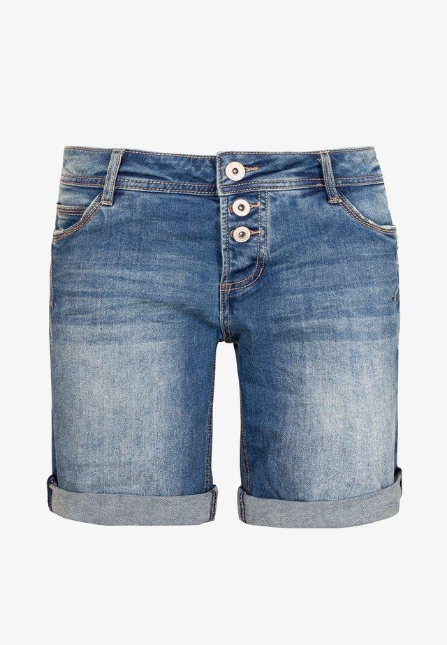 BERMUDA MIT AUFSCHLAG - Jeans Shorts - middle-blue
