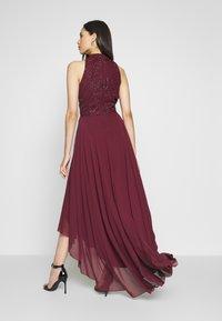 Lace & Beads Tall - AVERY HIGH LOW DRESS - Společenské šaty - burdungy - 2