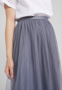 Needle & Thread - DOTTED SKIRT - A-Linien-Rock - thistle blue - 4