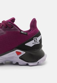 Salomon - ALPHACROSS BLAST CSWP UNISEX - Zapatillas de senderismo - plum caspia/black/purple heather - 5