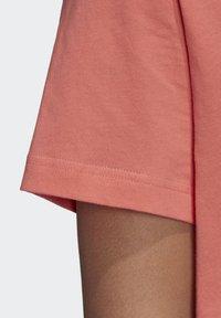 adidas Performance - LOGO T-SHIRT - Print T-shirt - red - 5