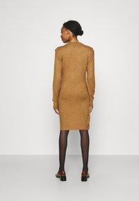 Supermom - DRESS - Stickad klänning - toasted coconut - 1