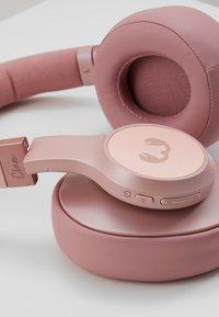 Fresh 'n Rebel - CLAM ANC WIRELESS OVER EAR HEADPHONES - Cuffie - dusty pink - 6