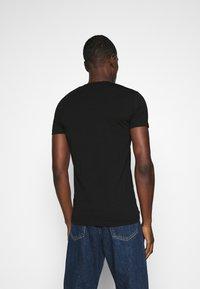 Antony Morato - SUPER SLIM FIT - Camiseta básica - black - 2