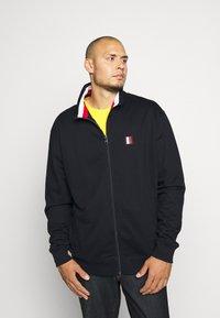 Tommy Hilfiger - GLOBAL STRIPE ZIP THROUGH - Zip-up hoodie - blue - 0