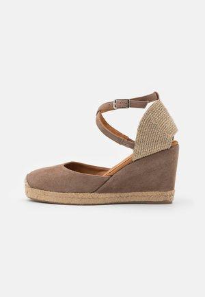 CELULA - Platform sandals - funghi