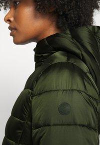 Save the duck - IRIS CAMILLE - Short coat - pine green - 4