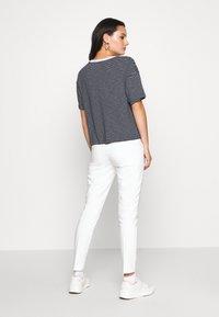 Roxy - INFINITY IS BEAUTIFUL - Print T-shirt - mood indigo - 2
