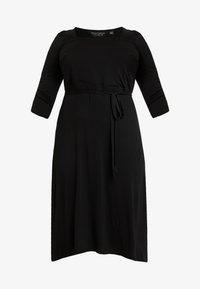 Dorothy Perkins Curve - 3/4 SLEEVE MIDI - Robe en jersey - black - 4