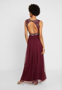 Lace & Beads - PAULA MAXI - Společenské šaty - burgundy - 3