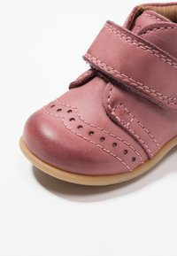 Bisgaard - PREWALKER - Baby shoes - rosa - 2
