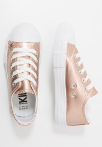 Cotton On - CLASSIC TRAINER LACE UP - Tenisky - rose gold metallic - 0