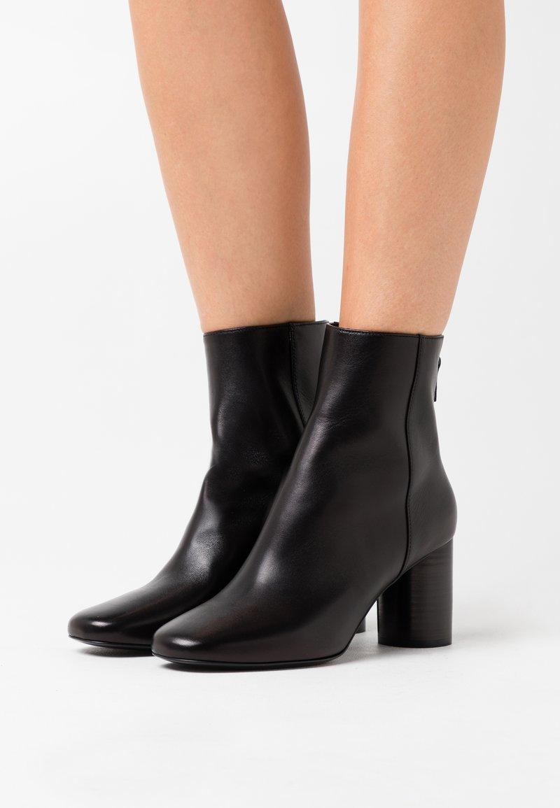 sandro - Classic ankle boots - noir