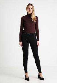 KIOMI TALL - Slim fit jeans - black - 1