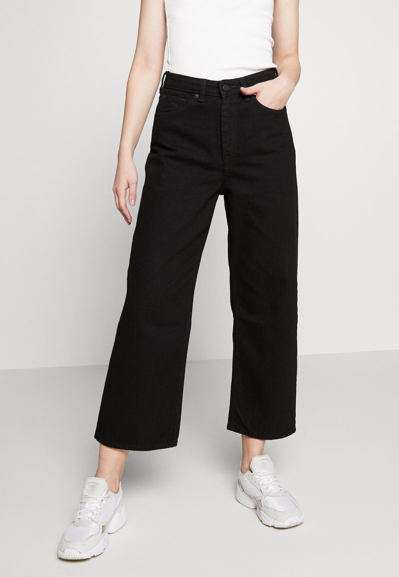 Monki - Relaxed fit jeans - black dark