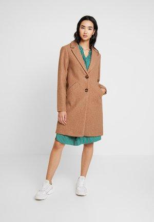 ONLVERONICA COAT - Cappotto classico - camel