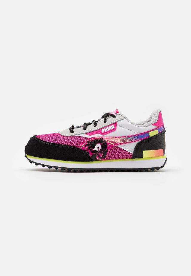 SEGA FUTURE RIDER  - Trainers - glowing pink/black
