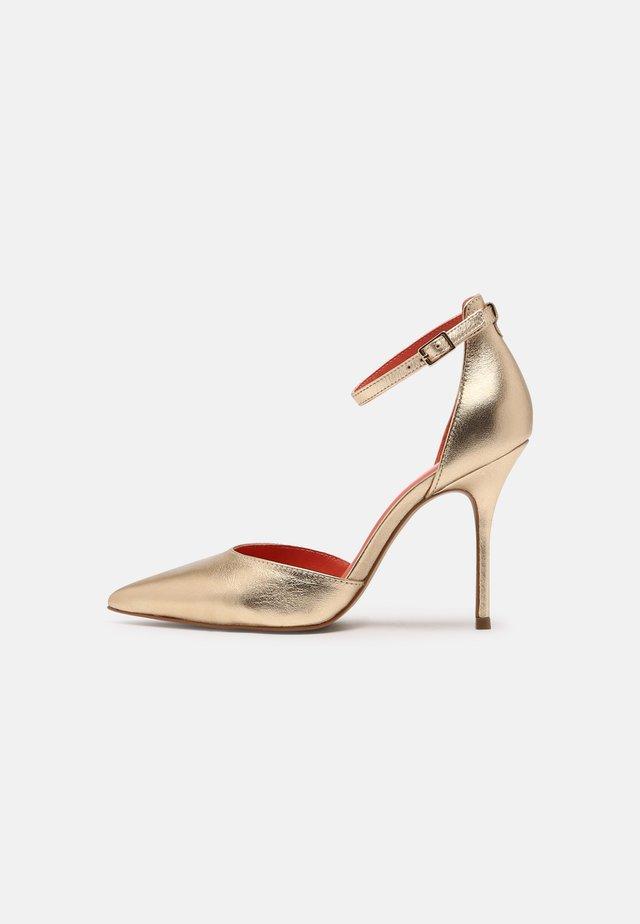 GALIDIAS - Sandály na vysokém podpatku - or