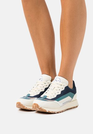 CAPSULE ECO - Trainers - white/navy/green