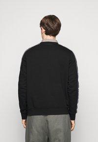 KARL LAGERFELD - CREWNECK - Sweatshirt - black - 2