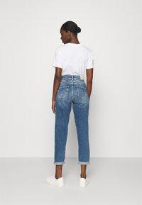 Herrlicher - GILA CONIC RECYCLED - Straight leg jeans - retro marvel - 2