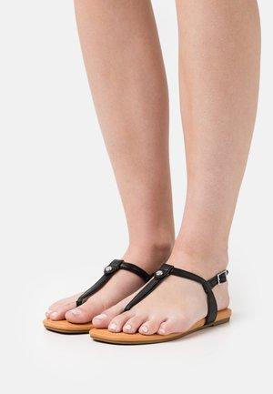 MADEENA - Sandály s odděleným palcem - black