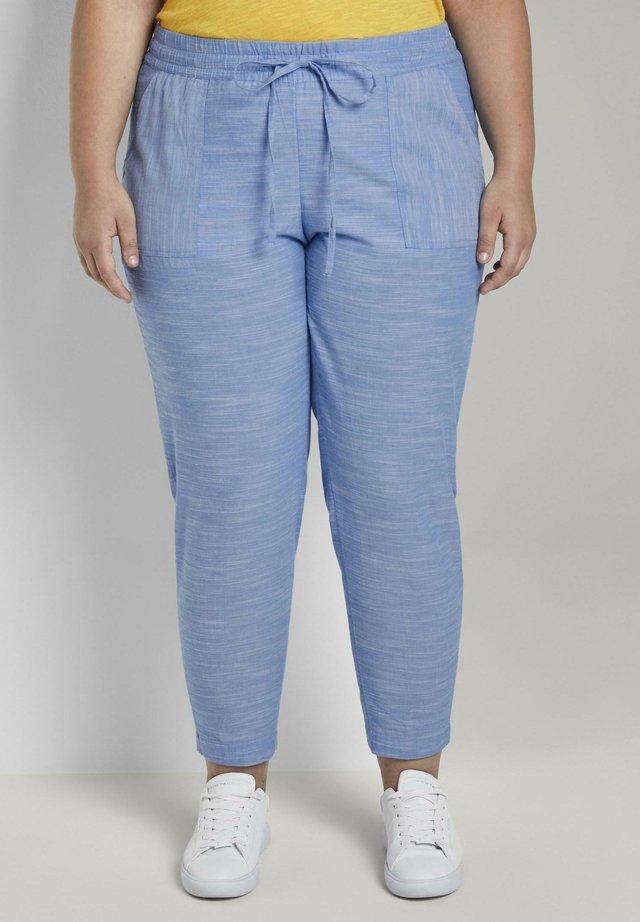 MY TRUE ME TOM TAILOR HOSEN & CHINO CHAMBRAY HOSE - Pantalon classique - mid blue chambray