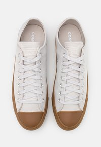Converse - CHUCK TAYLOR ALL STAR - Sneakers basse - pale putty/honey - 3