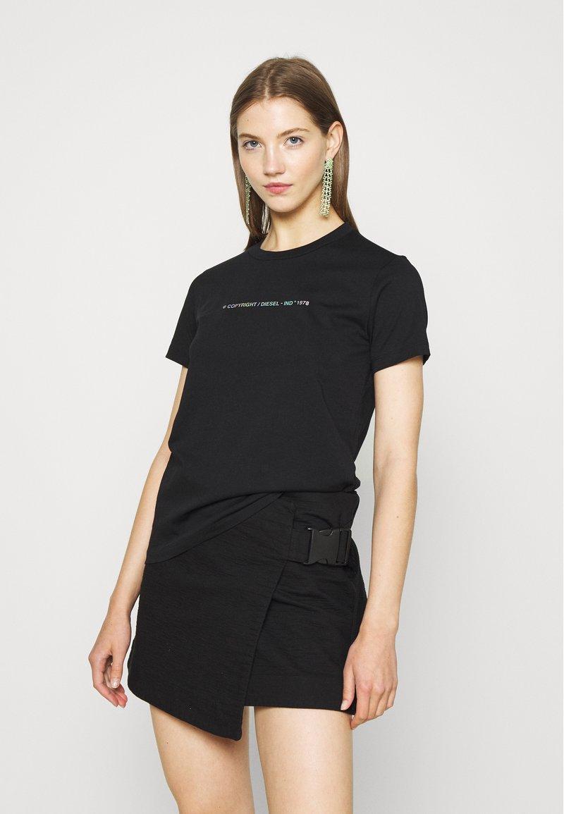 Diesel - SILY COPY  - Print T-shirt - black