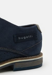 Bugatti - KAMAK - Lace-ups - dark blue - 5