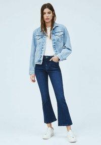 Pepe Jeans - KICK - Flared Jeans - denim - 1