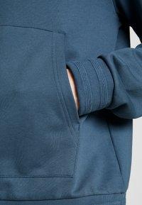 Filippa K - JOSH - Hoodie - blue grey - 5