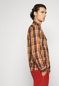 Dickies - GLENMORA - Shirt - brown duck - 4