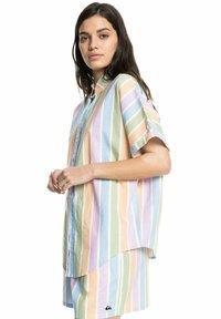Quiksilver - PACIFIC DAZE  - Button-down blouse - sherbet stripe peach - 3